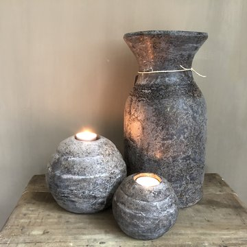 Stenen theelichthouder groot en klein